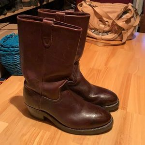 Men's water and oil resistant leather boots